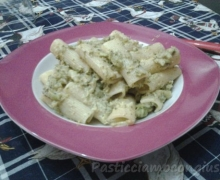 Maccheroni al pesto di broccolo