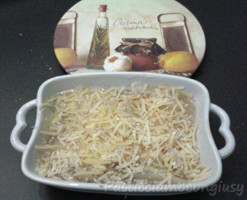zuppa di cipolle a